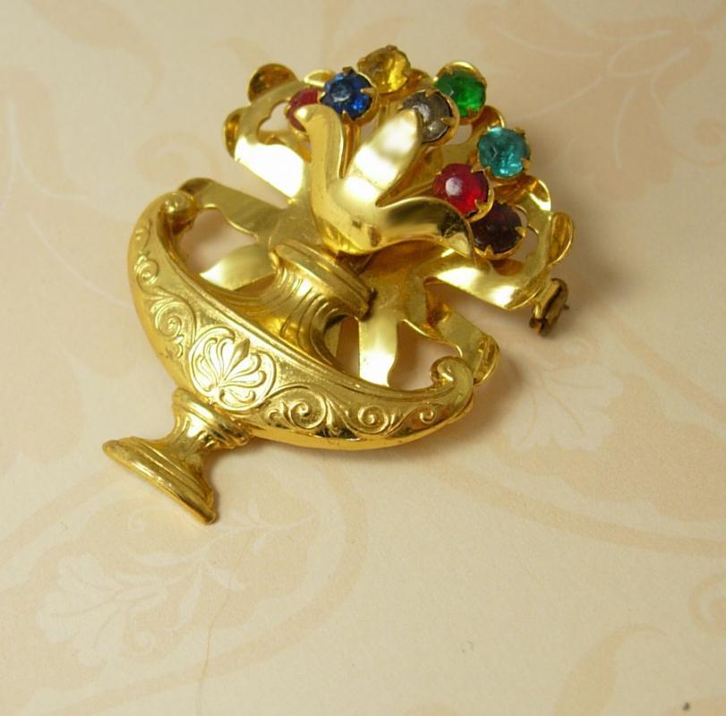 Vintage Victorian Urn rhinestone brooch exotic Arabian 2 handled vase