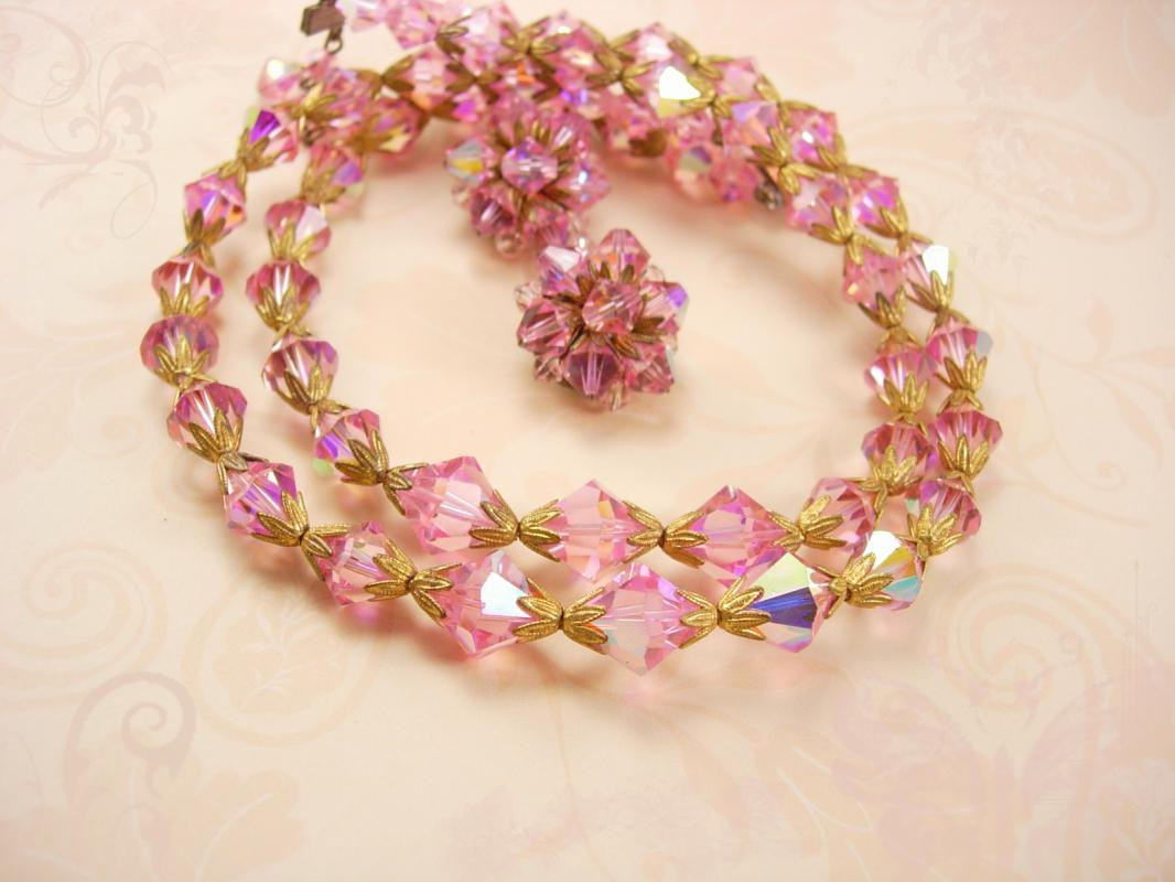 Gorgeous PINK Crystal NEcklace and Earrings Demi Parure Exquisite beads