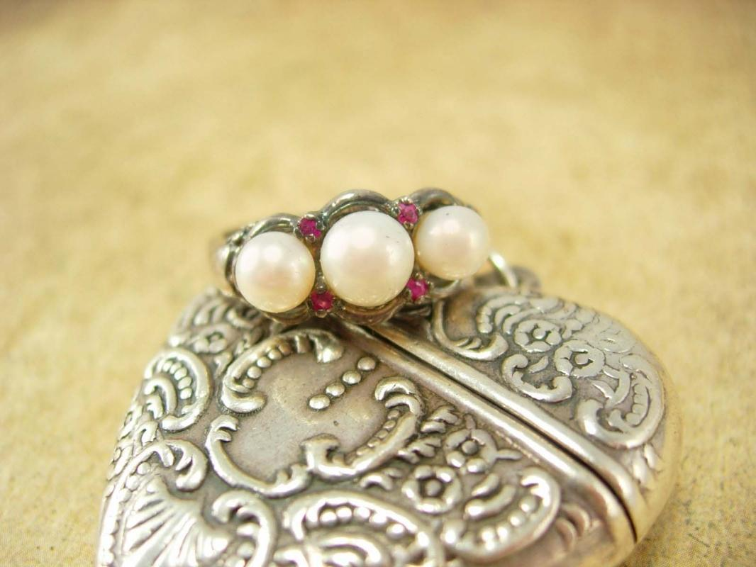 Genuine Pearl & Ruby sterling ring Edwardian style setting Size 8 1/2