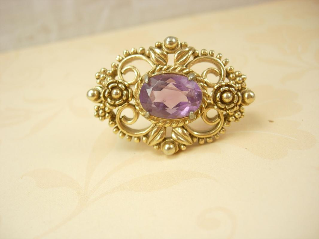 Vintage Victorian brooch PURPLE open back stone Rich detail