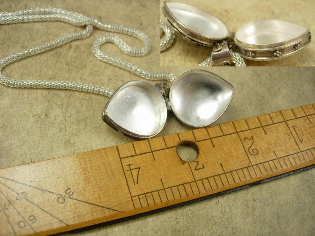 Vintage Amethyst Poison Heart Pillbox necklace locket etruscan pendant sterling