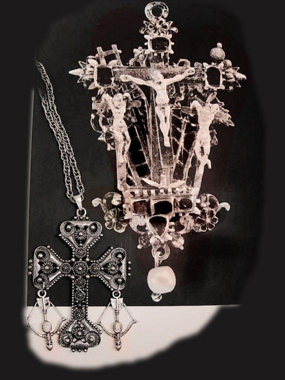 Vintage Medieval OPAL Knights HUGE Etruscan chandelier Gothic cross necklace