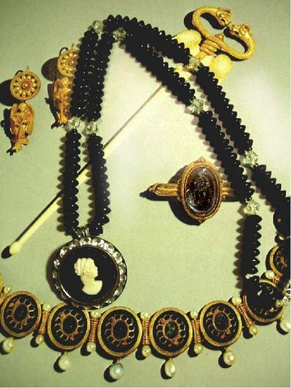 Vintage BLack Cameo Necklace GLass beads and Rhinestones too
