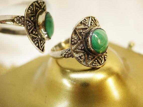 Malachite talisman sterling Ring Vintage star symbols