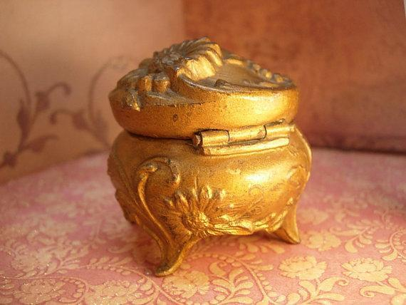 Antique Victorian Ring Box casket Perfect for your sweetheart on Valentines day