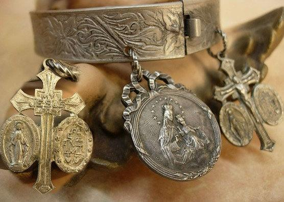 Victorian Religious Charm Bracelet bangle french Ave Maria sacred heart medals