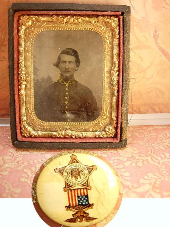 Antique Civil War Tintype and Gar medal plus celluloid pinback