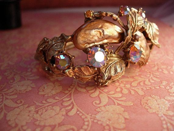 Vintage SIGNED Har Bracelet Big Baroque pearls and rhinestones clamper bangle
