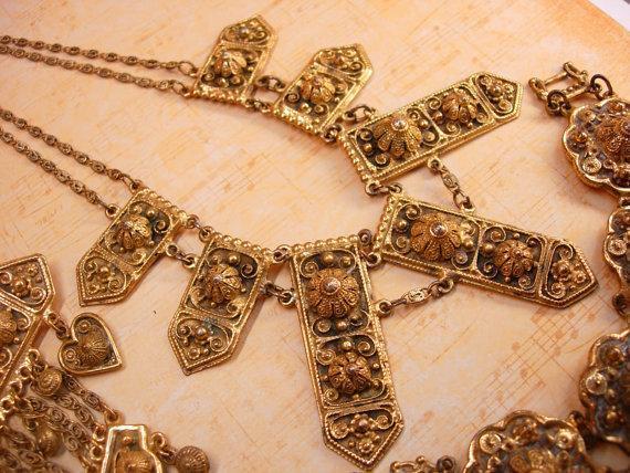 Vintage Fabulous ETRUSCAN Parure NEcklace Brooch and bracelet Signed Etrusceana