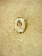 ANtique Portrait Queen with jewels Brooch hand painted cameo porcelain with gold