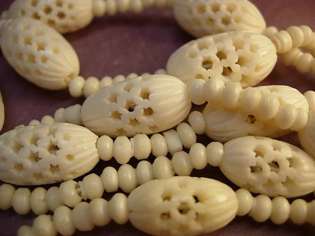 Antique Ivory necklace Victorian carved Ivory lariat necklace