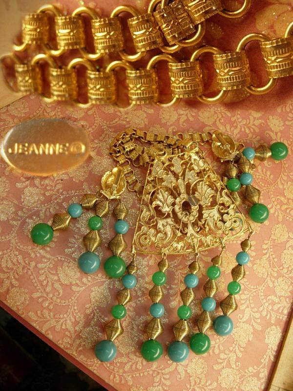 Hattie Carnegie Chinese figural signed bookchain buddha necklace and earrings Chandelier beads in turquoise