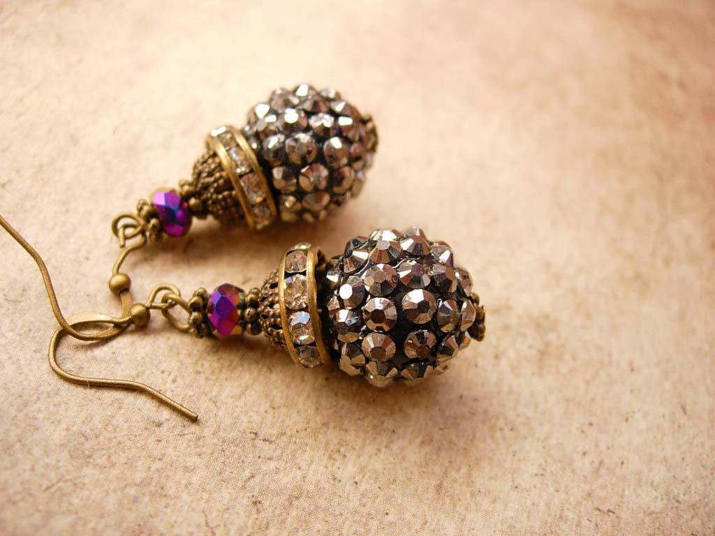 Sparkling Marcasite Rhinestone Drop earrings Aurora borealis glass
