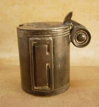 1800's Sheffield lidded mustard pot Walker & Hall with silver hallmarks