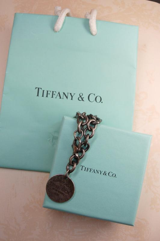 Sterling Tiffany & Co Charm Bracelet with box and original tiffany bag 36.5 grams