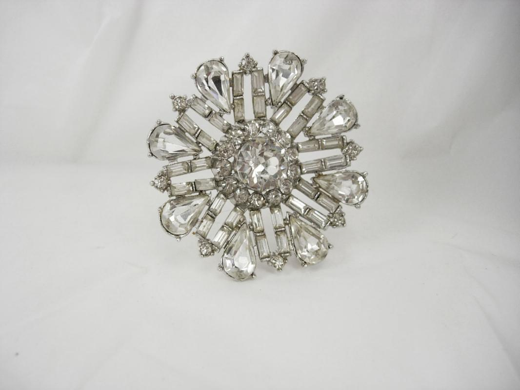 Vintage Rhinestone  brooch  unsigned  WEISS PURE Glitz PURE brilliance