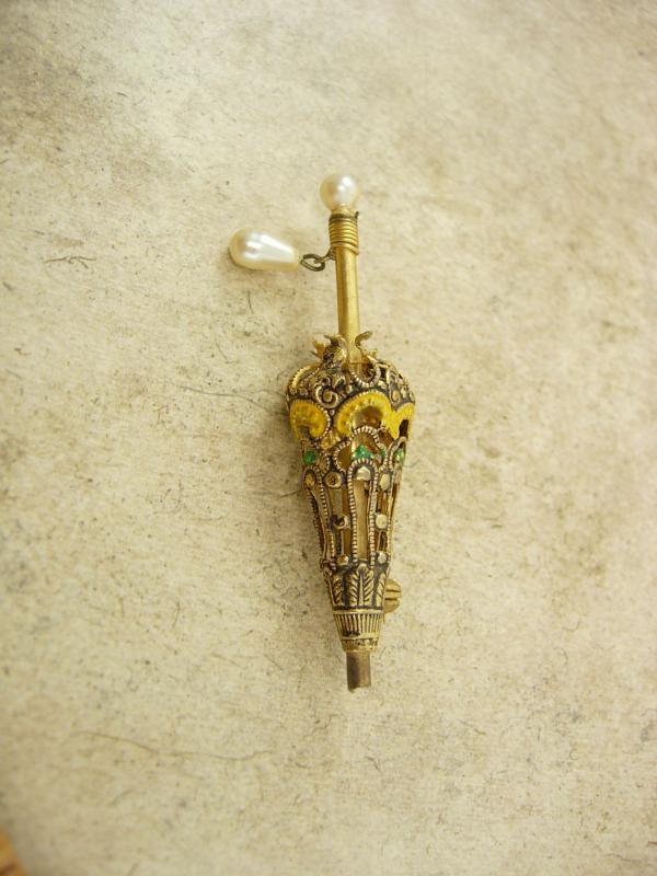 vintage MINIATURE parasol Brooch enamel filigree victorian umbrella pin