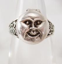 Vintage sterling Man in the MOON Poison Ring Mystical hidden treasure box size 7 1/2