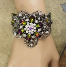 WIDE Rhinestone Gypsy Cuff BRacelet Givre purple olivine teardrops of a goddess