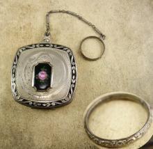 VIntage DEco enamel Finger ring Wrist compact
