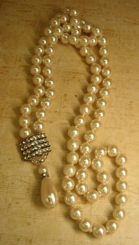 VIntage wedding Pearl flapper necklace with rhinestone and huge pearl drop