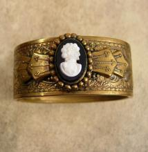 Vintage Victorian Cameo bracelet Fancy wide bangle