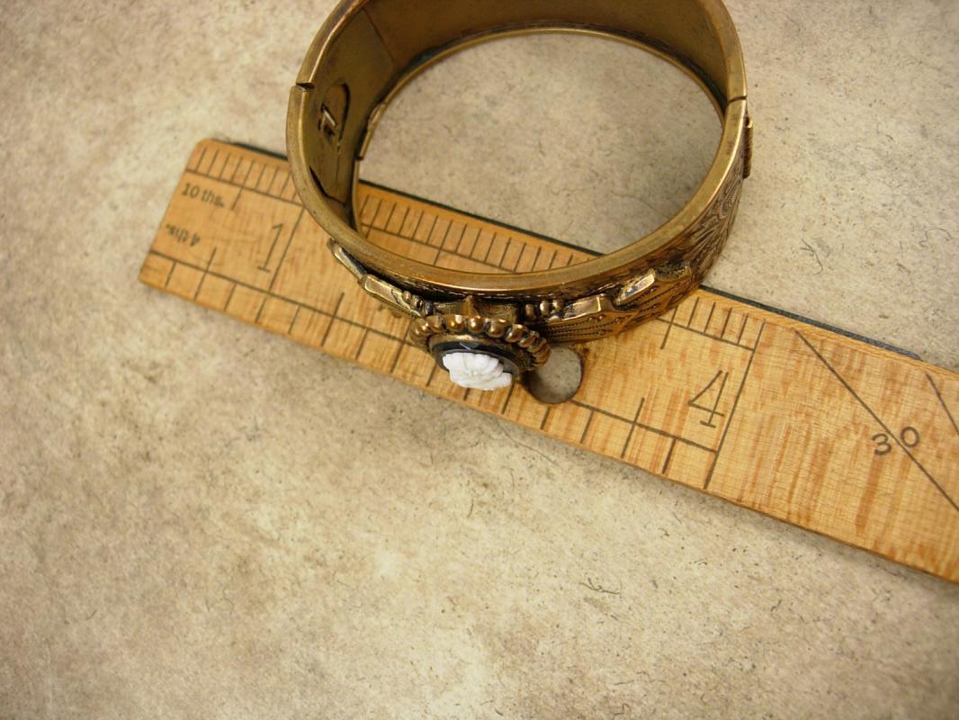 Vintage Victorian Cameo bracelet Fancy wide bangle