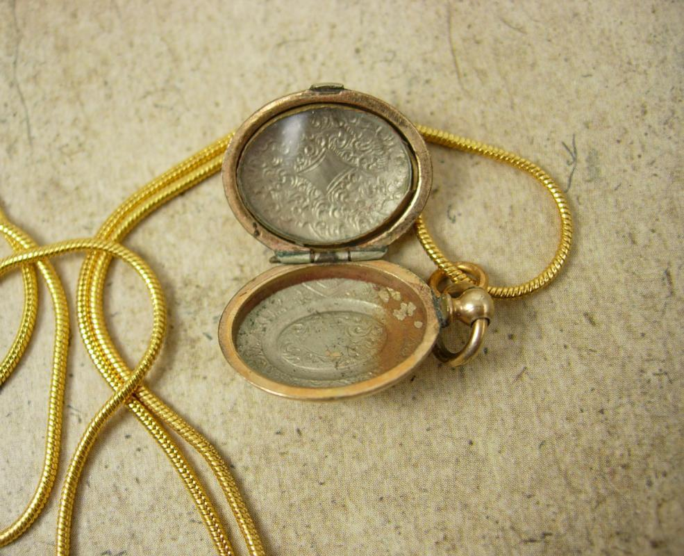 ANtique Victorian locket necklace fancy front pocketwatch syle