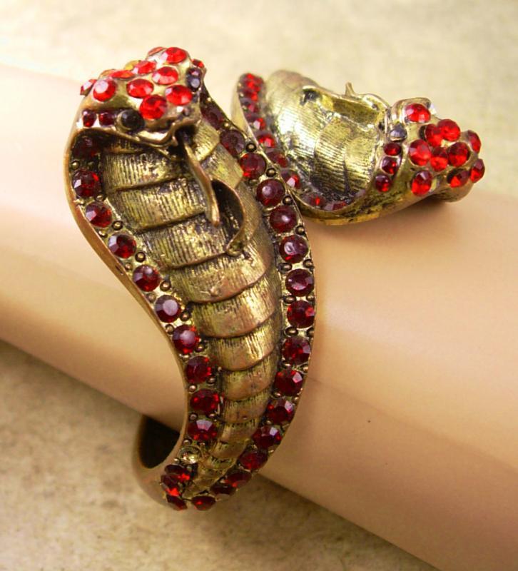 Vintage cleopatra Rhinestone snake bracelet brass Clamper serpent head