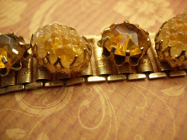 Vintage BOOKCHAIN Golden glass BRACELET