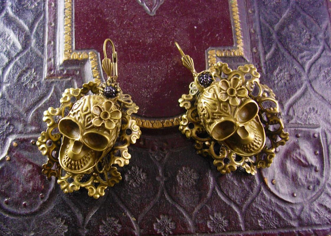 Large Day of the Dead Skull Earrings bizarre Voodoo hoodoo