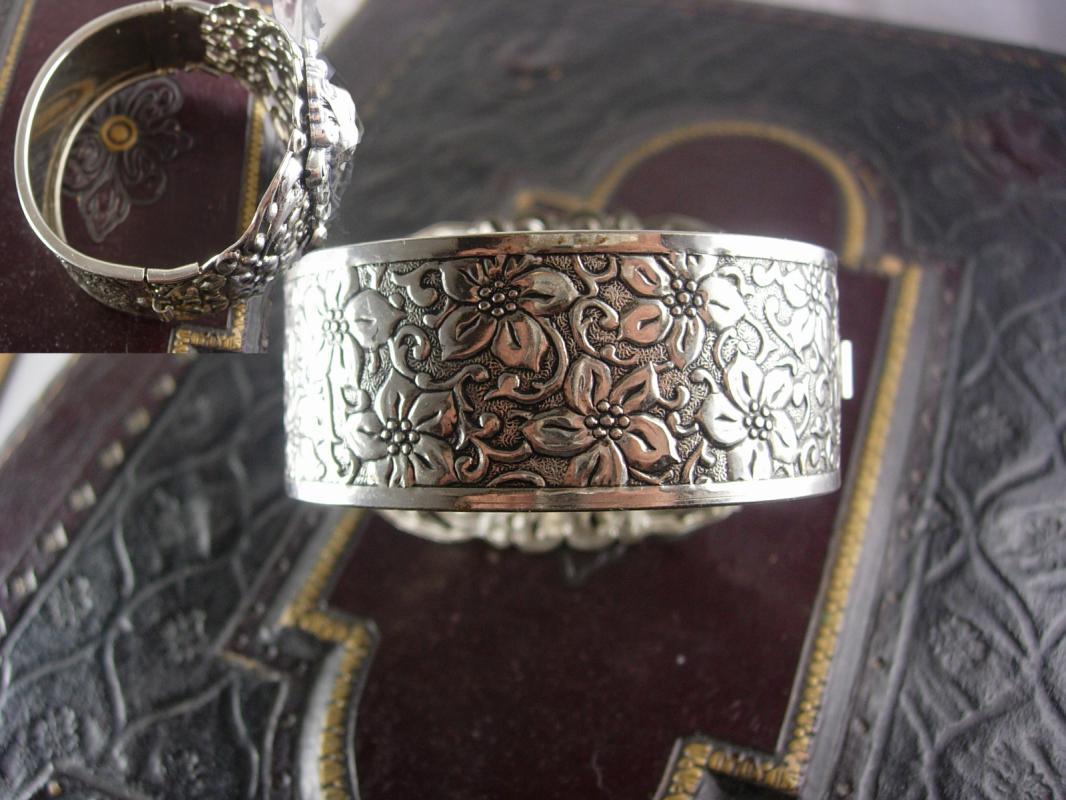 Huge Vintage Mythology Bacchus bracelet Art nouveau relief