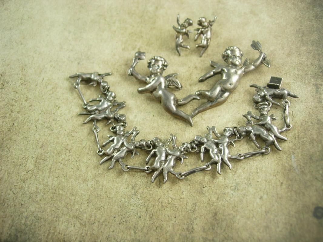 RARE Antique STERLING CHERUB Parure Silver bracelet earrings 2 Brooch putti Victorian angels 4pc set