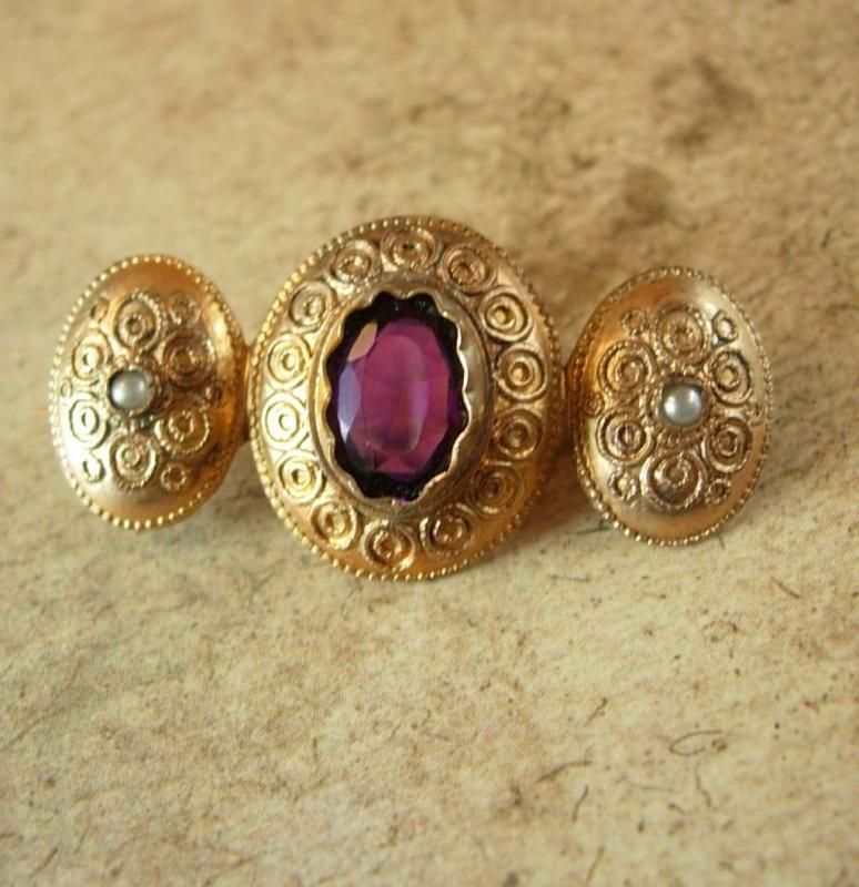 GEORGIAN Antique AMETHYST seed pearl Gold BROOCH pre-civil war purple faceted center C clasp Aquarius february birthstone