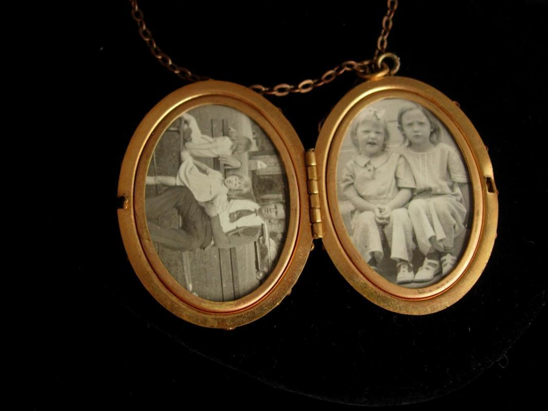 Antique Locket Victorian locket fancy Filigree  large keepsake necklace Vintage photos children shell locket