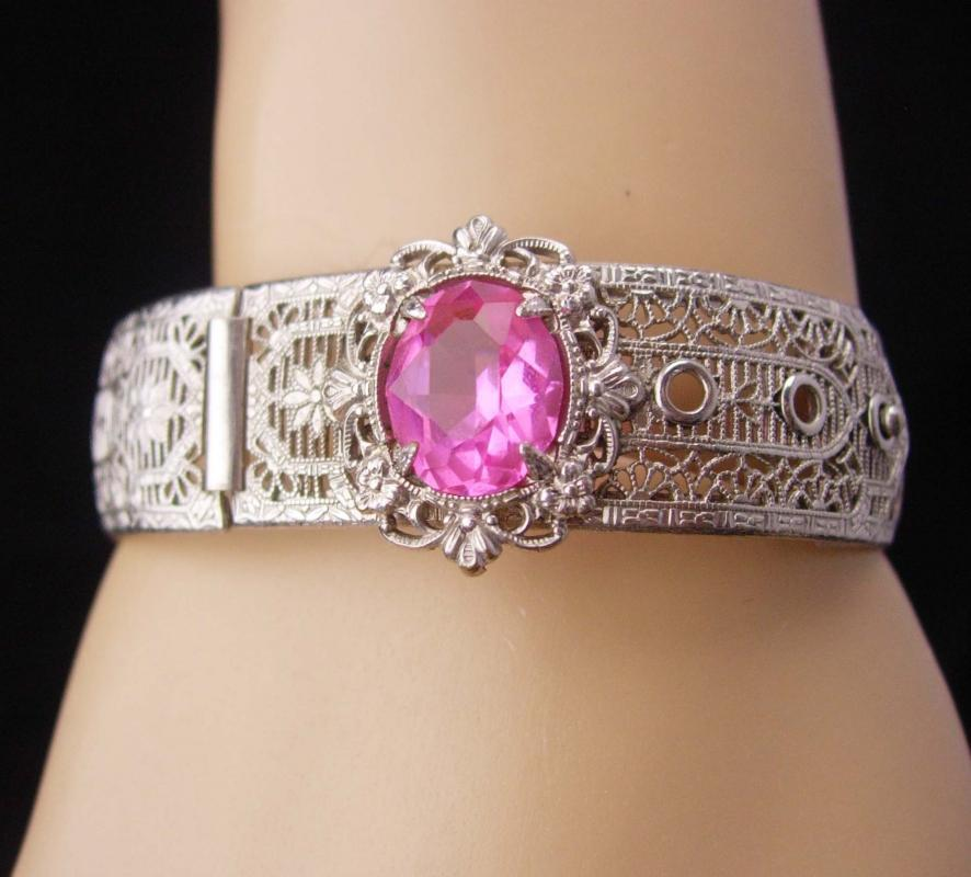 Vintage Art Deco Bracelet / silver filigree bangle / pink jeweled bangle / Great period piece / hinged estate jewelry / anniversary gift