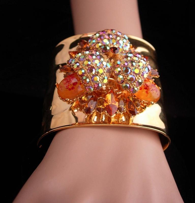 Vintage Statement bracelet / Gold wide cuff / brilliant rhinestone bracelet / designer jewelry / princess Amanda jewelry / costume cuff