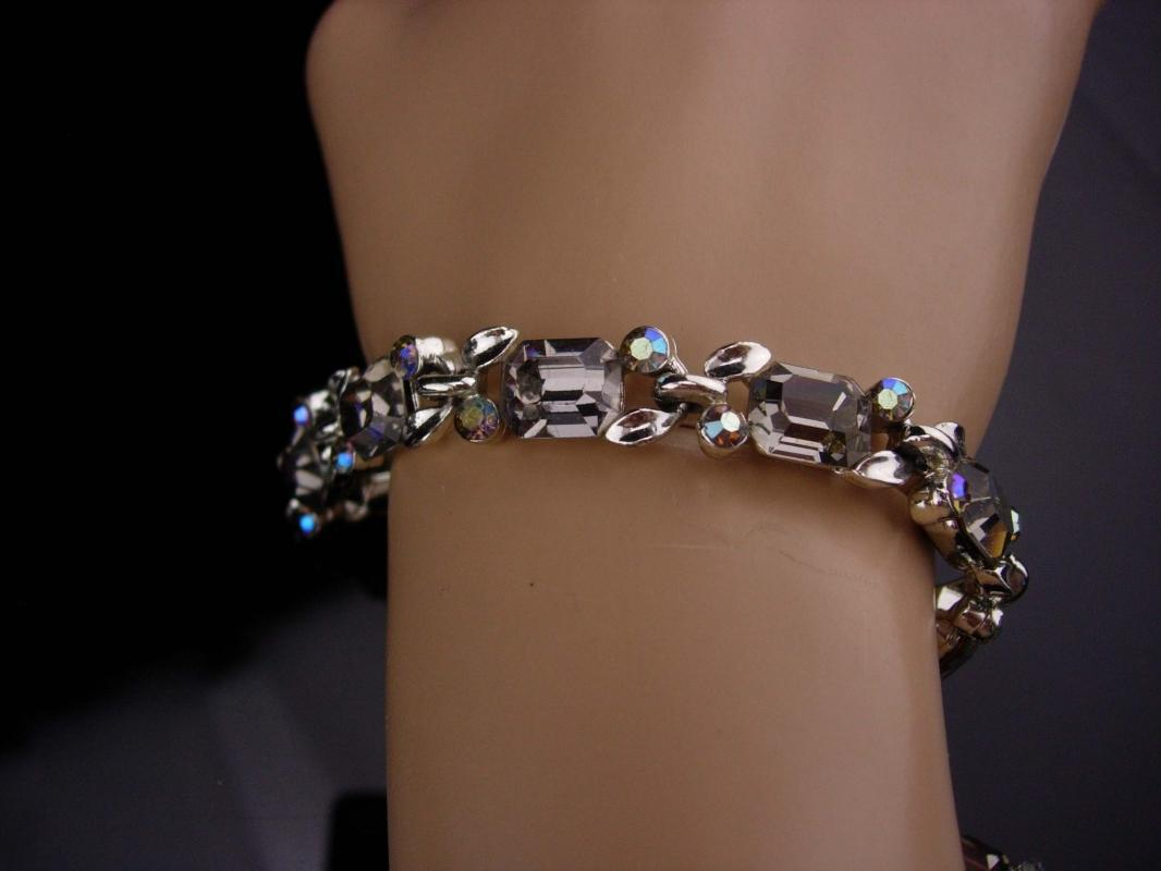 Vintage Lisner bracelet / Dazzling signed jewelry / smokey topaz glass / aurora borealis silver plate bracelet