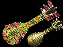 Robert Demario Brooch Vintage LARGE RARE mandolin music GILT Figural RS BROOCH