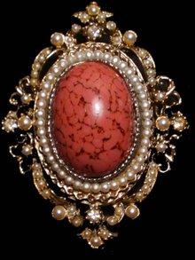 Big Edwardian seed Pearl cabachon brooch