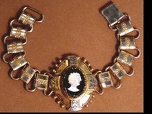 Victorian BOOKCHAIN WIDE Cameo Bracelet