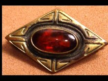 Victorian Vintage GOlden AMBER Classic BROOCH