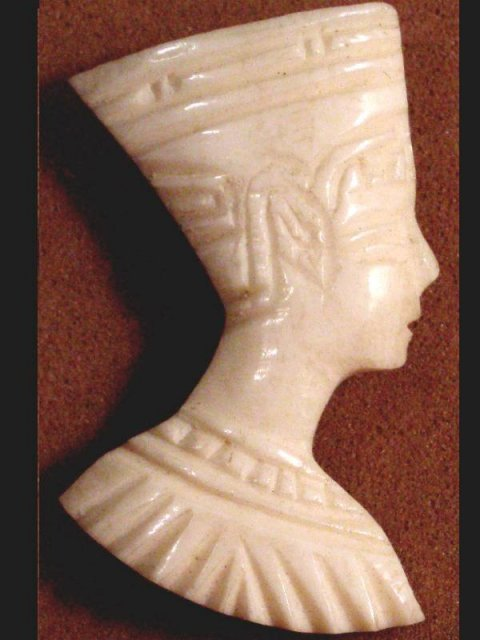 IVORY Queen Nefertiti EGYPTIAN FIGURAL BROOCH Vintage