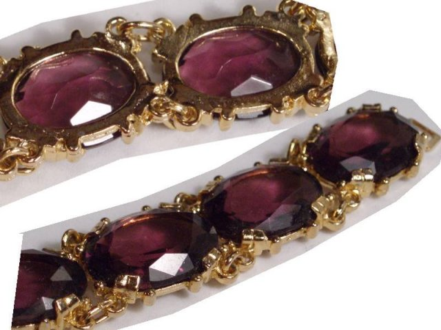 STUNNING Purple  GLASS LARGE JEWEL Bracelet
