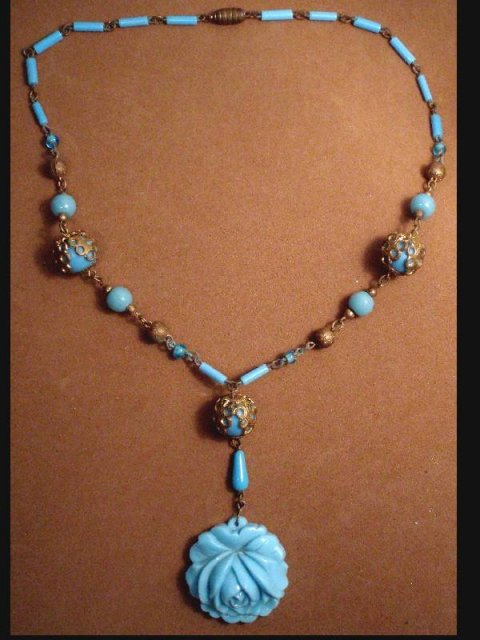 GORGEOUS Vintage CZECH GLASS necklace