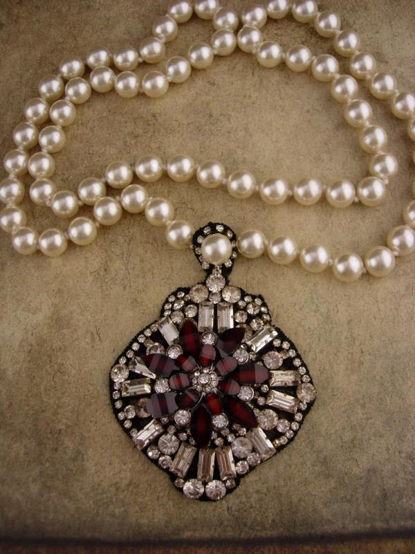 Edwardian necklace / pearl victorian style / fit for a Queen / gypsy jewelry / statement garnet red rhinestone starburst / 10mm pearls