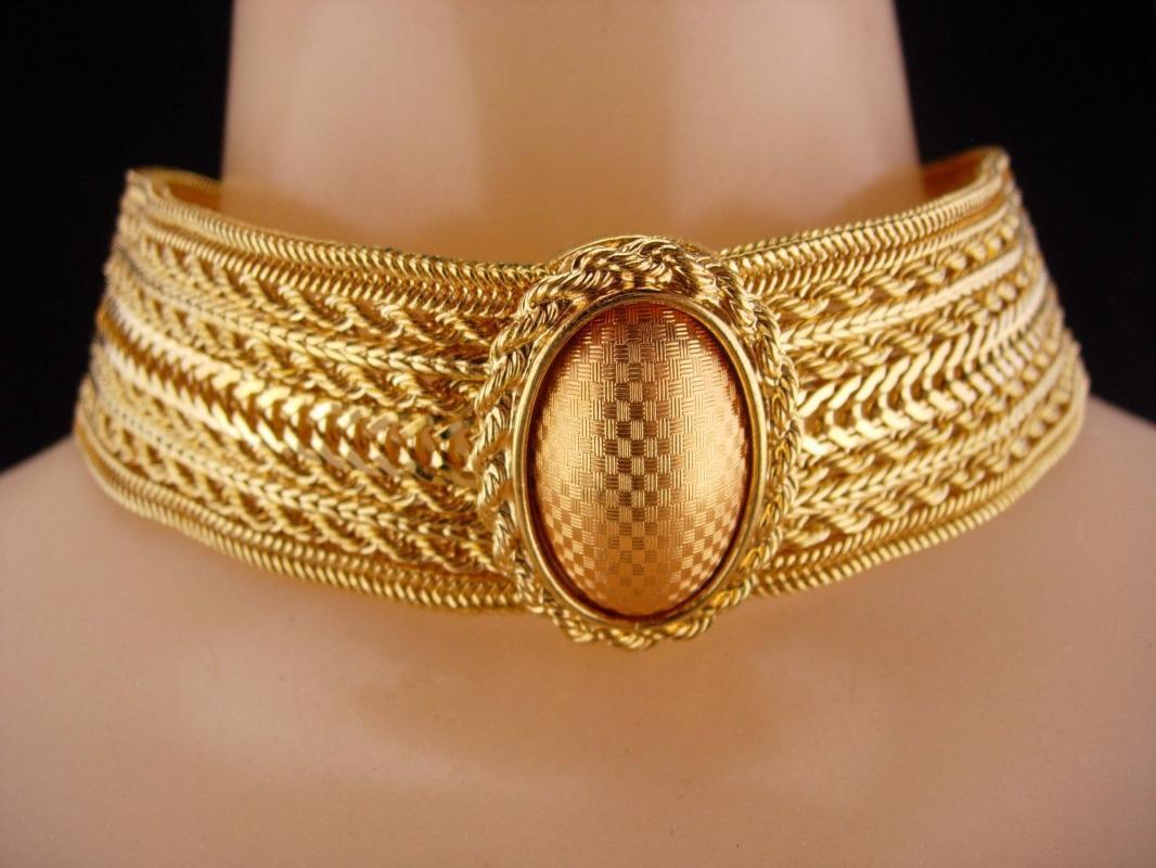 RARE Monet parure / Victorian choker / vintage statement Necklace / Egyptian gold mesh bracelet / clip on earrings / Collar and Bracelet