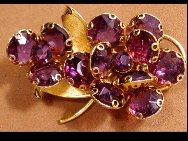 UNUSUAL Billowed PURPLE Rhinestone GLASS layer brooch