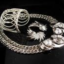 Huge runway necklace - oversize cuff bracelet - Wing earrings - modernist jewelry / vintage parure - silver artist - rhinestone choker