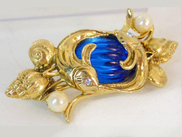 Unusual Chinese Fish jelly belly Fiery BROOCH